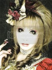 http://i364.photobucket.com/albums/oo90/ameliayamamoto23/hizaki.jpg